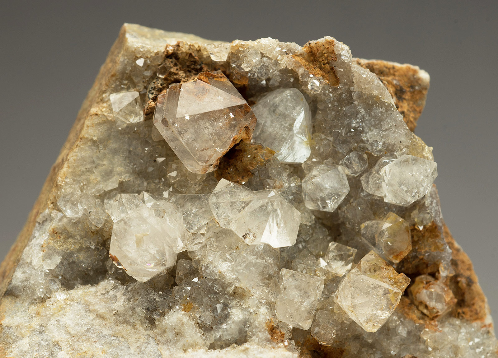 Quartz,  Chert quarry, Hungry Hush area, Arkengarthdale. FOV.  40x25mm